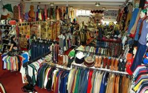 recessionista-bargain-store-pic
